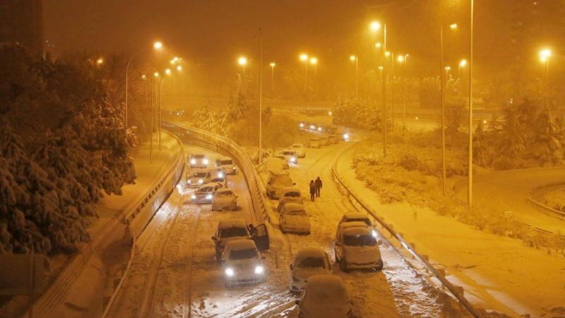 Двоє загиблих, заблоковані дороги і аеропорт: Іспанію накрили рекордні снігопади