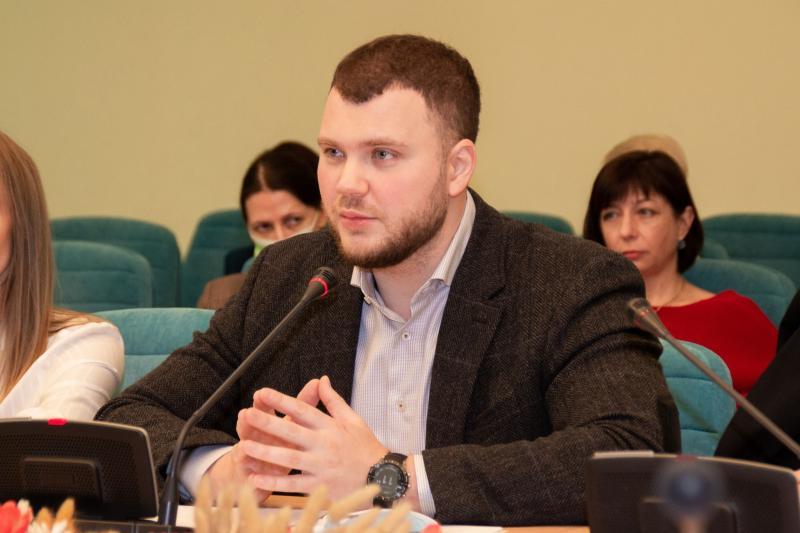 Маємо вирішити питання дивідендної політики АМПУ і перегляду портових зборів, - Владислав Криклій