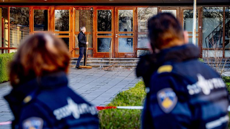 У Нідерландах розслідують нічний вибух у церкві, де на вихідних напали на журналістів