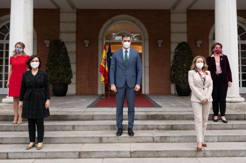 Прем'єр Іспанії змінив склад уряду, більшість посад отримали жінки