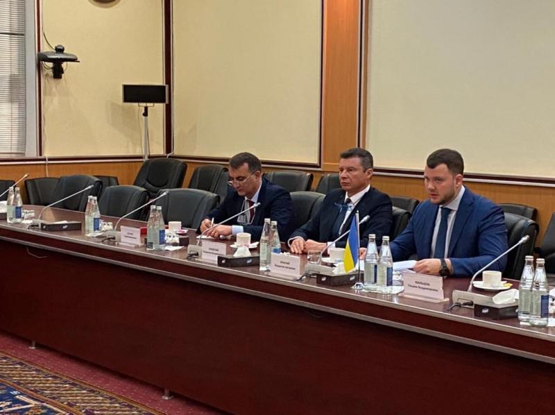 Азербайджан готовий зняти обмеження щодо кількості авіарейсів з Україною, - Владислав Криклій