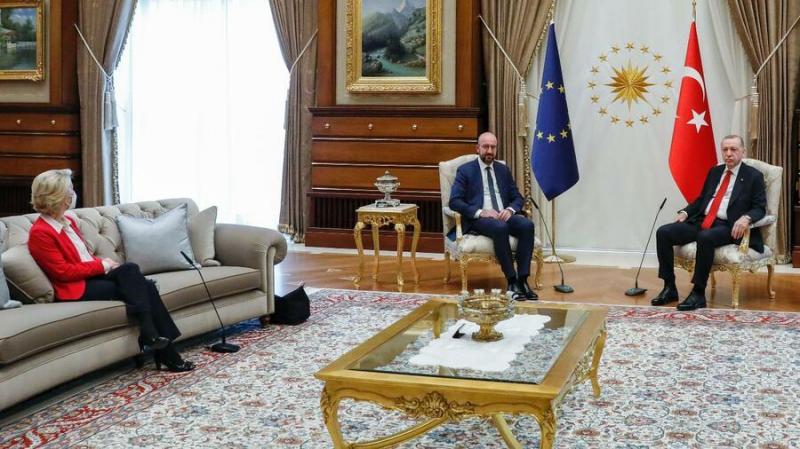 """Президент Євроради зізнався, що погано спить після """"диванного"""" скандалу з Ердоганом"""