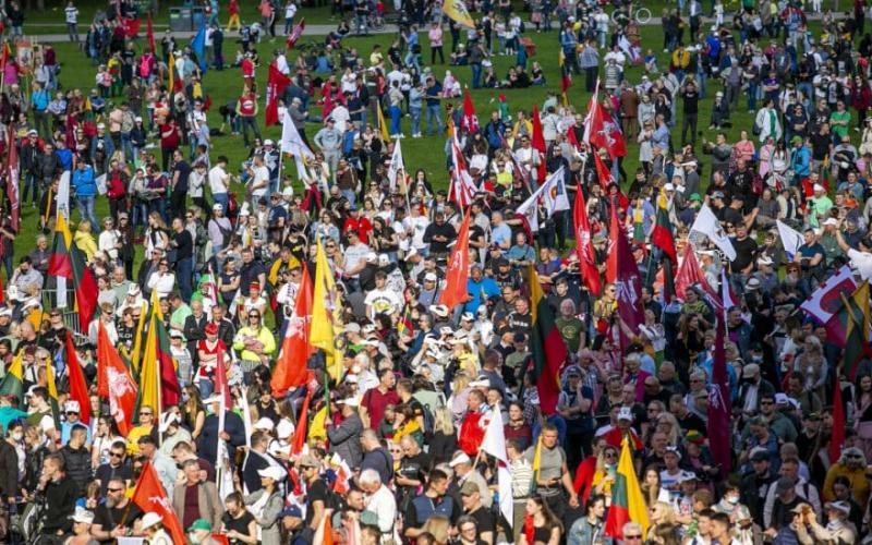 У Вільнюсі пройшов багатотисячний мітинг на підтримку традиційної сім'ї