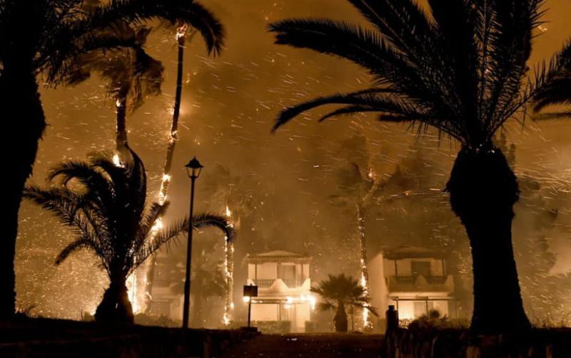 В Греції спалахнули лісові пожежі, евакуйовано шість населених пунктів