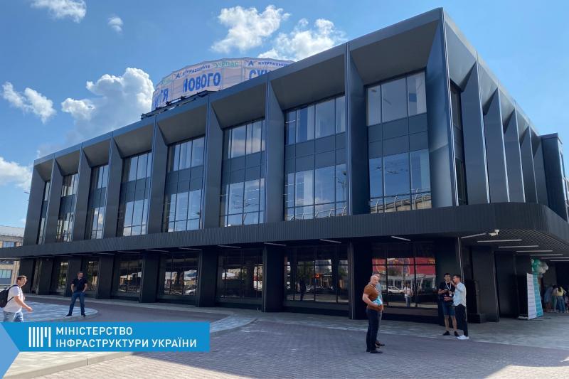 Після модернізації відкрився Центральний автовокзал – він зможе приймати 7 тисяч пасажирів на день