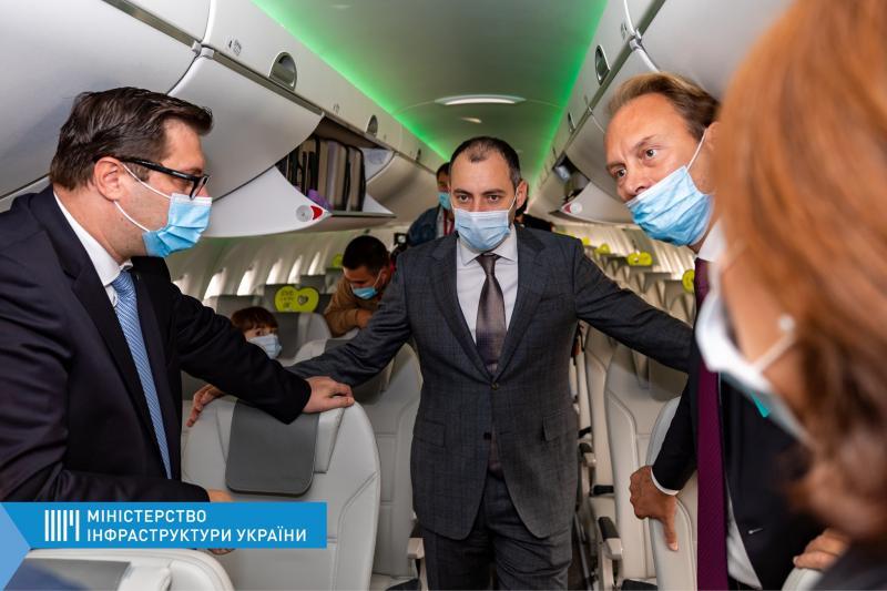 Україна показала позитивну тенденцію зростання внутрішніх авіаперевезень — Олександр Кубраков