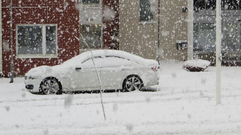 Перший сніг на півночі Фінляндії ускладнив рух на дорогах