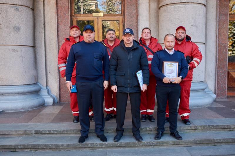Командувач ВМС ЗС України контр-адмірал Олексій Неїжпапа нагородив колектив та екіпажі спеціалізованого флоту КП «МПРС»